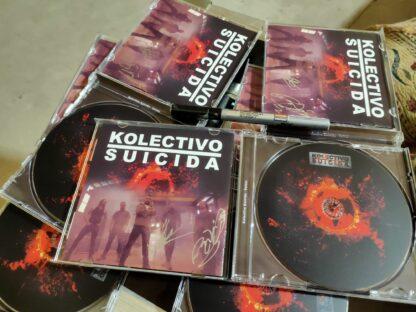 CD volver kolectivo Suicida